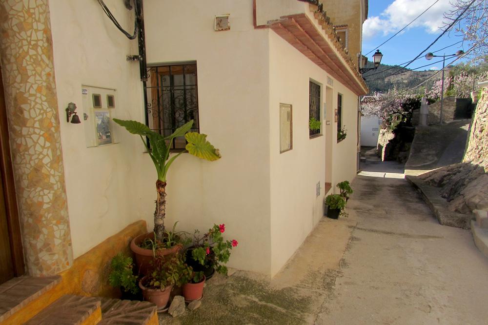 casaroc-street-1